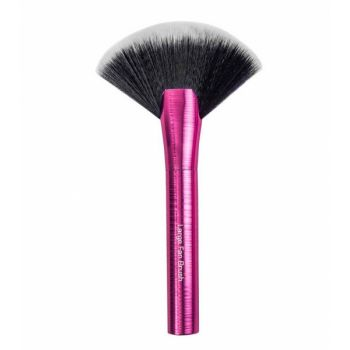 Pensula Evantai Royal Mega Metals Large Fan Brush Beautyshopsro